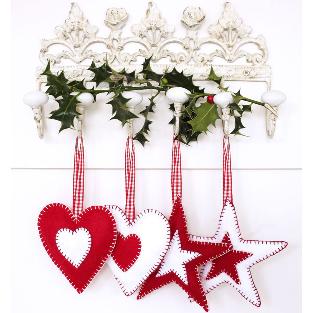 Felt christmas tree decorations to make with the kids for Christmas decoration ideas to make