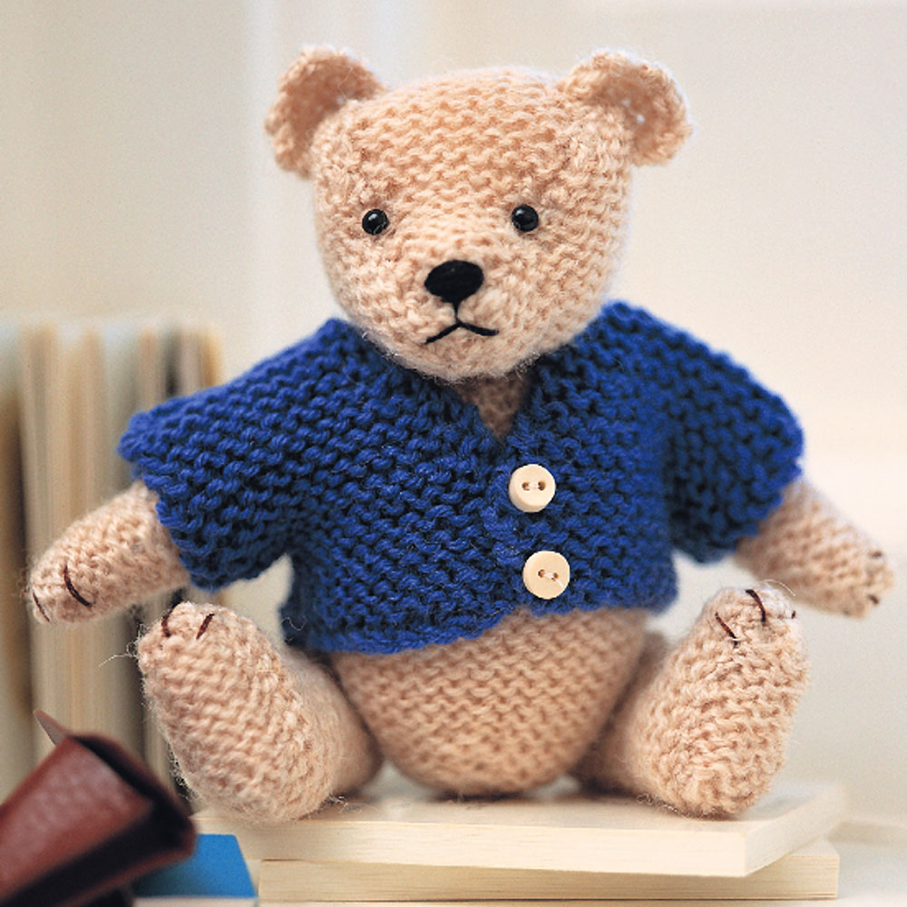 Knitted Heart Pattern Free : Teddy Bear Pattern: Easy Steps to Knit a Teddy Bear