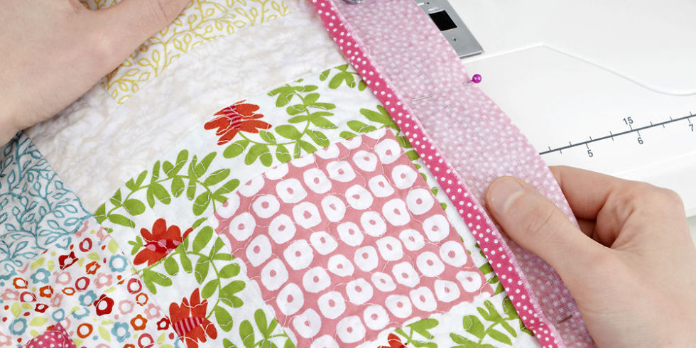 How to Make a Patchwork Quilt - Try Our Beginner's Guide To ... : how to make patchwork quilt - Adamdwight.com