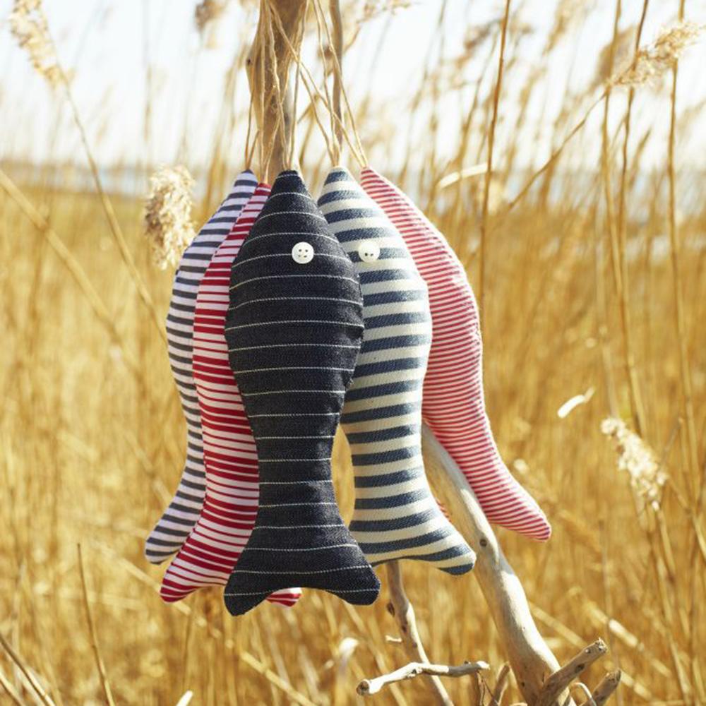 Sew Fabric Fish Decorations Free Sewing Pattern