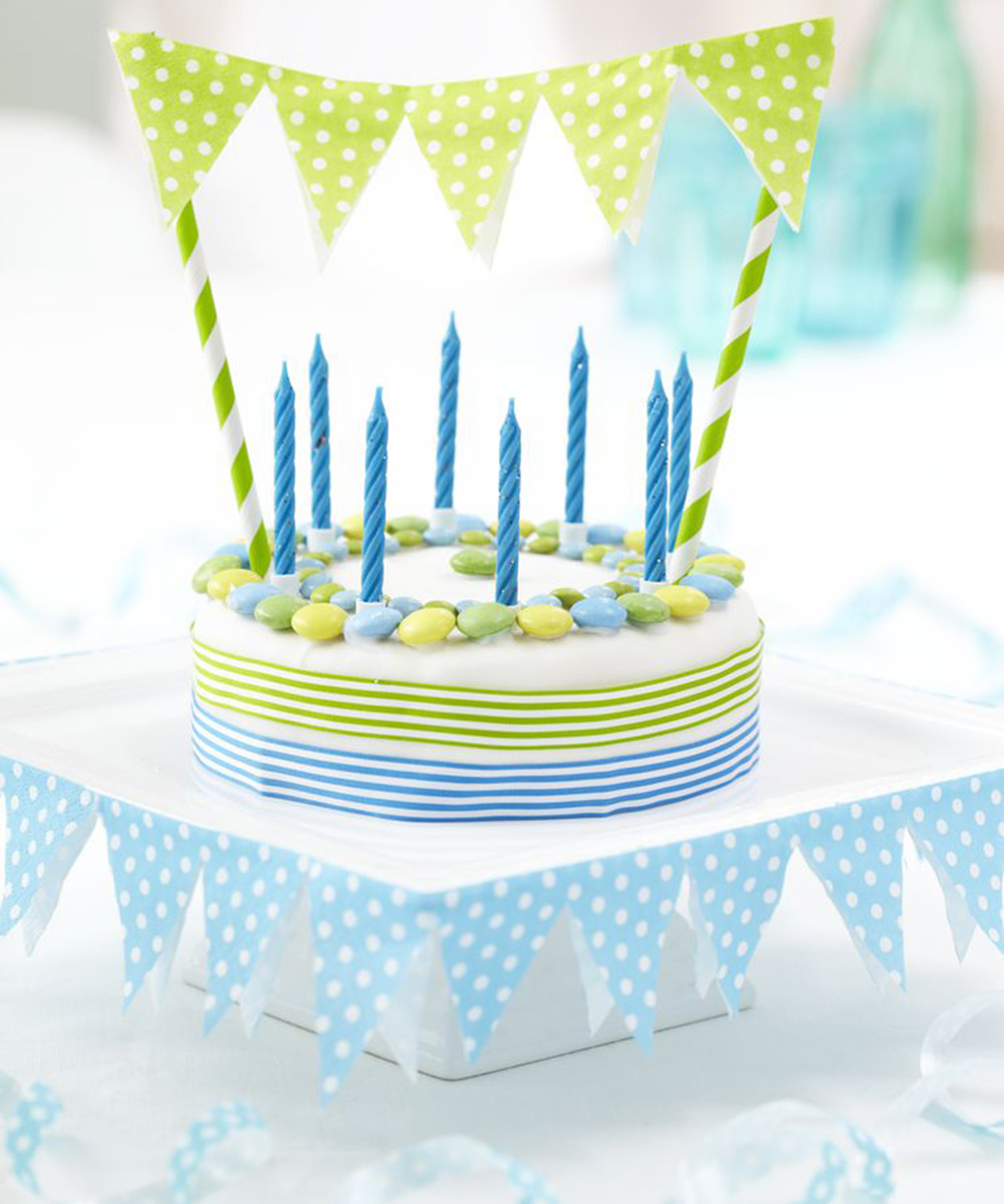 Make Your Own Beautiful Bunting Cake Decorations