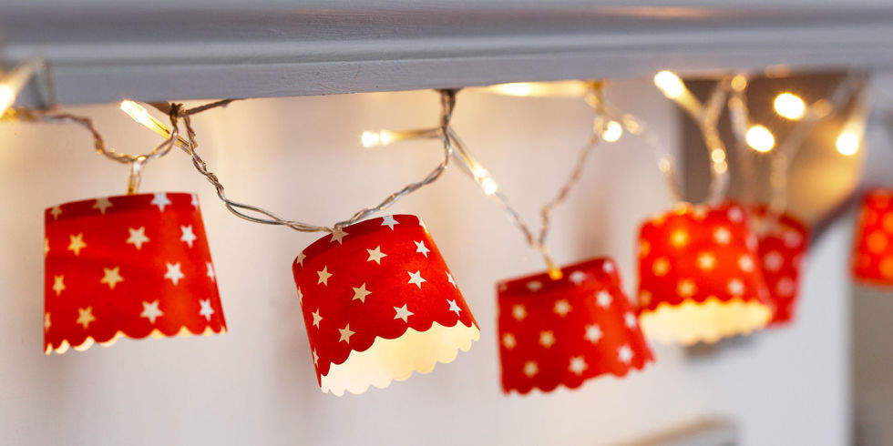 Make Customised Christmas Fairy Lights With Paper Cups