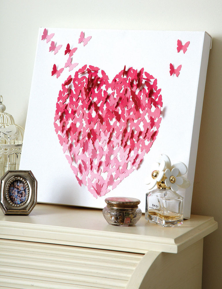 Make Love Heart Canvas Wall Art for Valentine\'s Day: Homemade ...