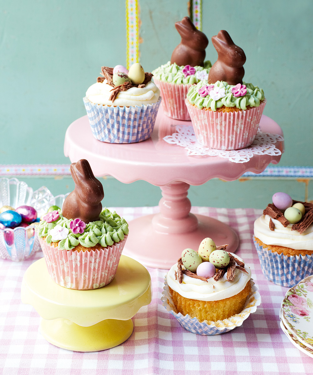 Cutest ever easter cupcakes recipe topped with buttercream for Cute cupcake decorating ideas for easter