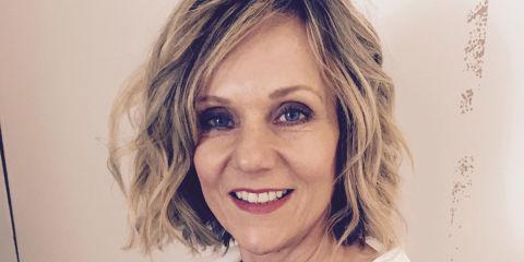 Linda Barker Tv Presenter And Interior Designer Talks