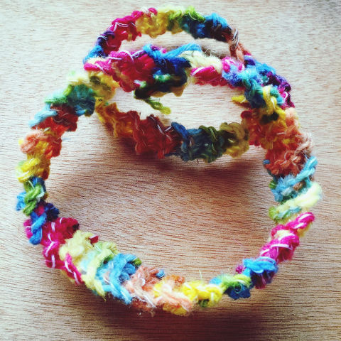 Easy knitting patterns knitting for beginners an easy how to guide 1 how to knit a ring or bracelet dt1010fo