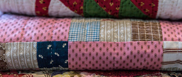 How to Make a Patchwork Quilt - Try Our Beginner's Guide To ... : how to make a patchwork quilt - Adamdwight.com