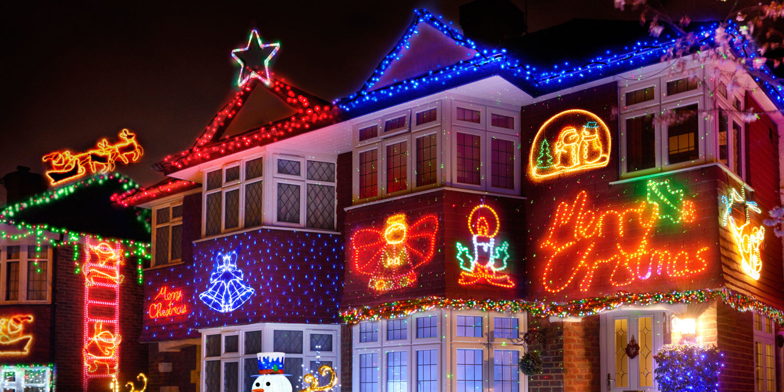 These christmas decorations are 39 common 39 claims etiquette for Well dressed home christmas decorations