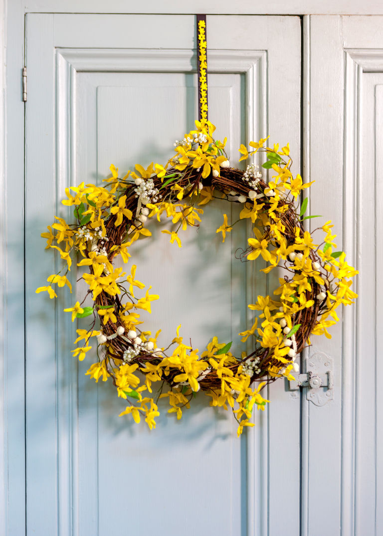 How to make an Easter wreath for spring